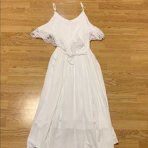 Ava & Viv White mid-length Dress